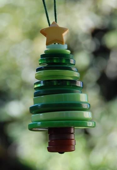 árbol de navidad de botones